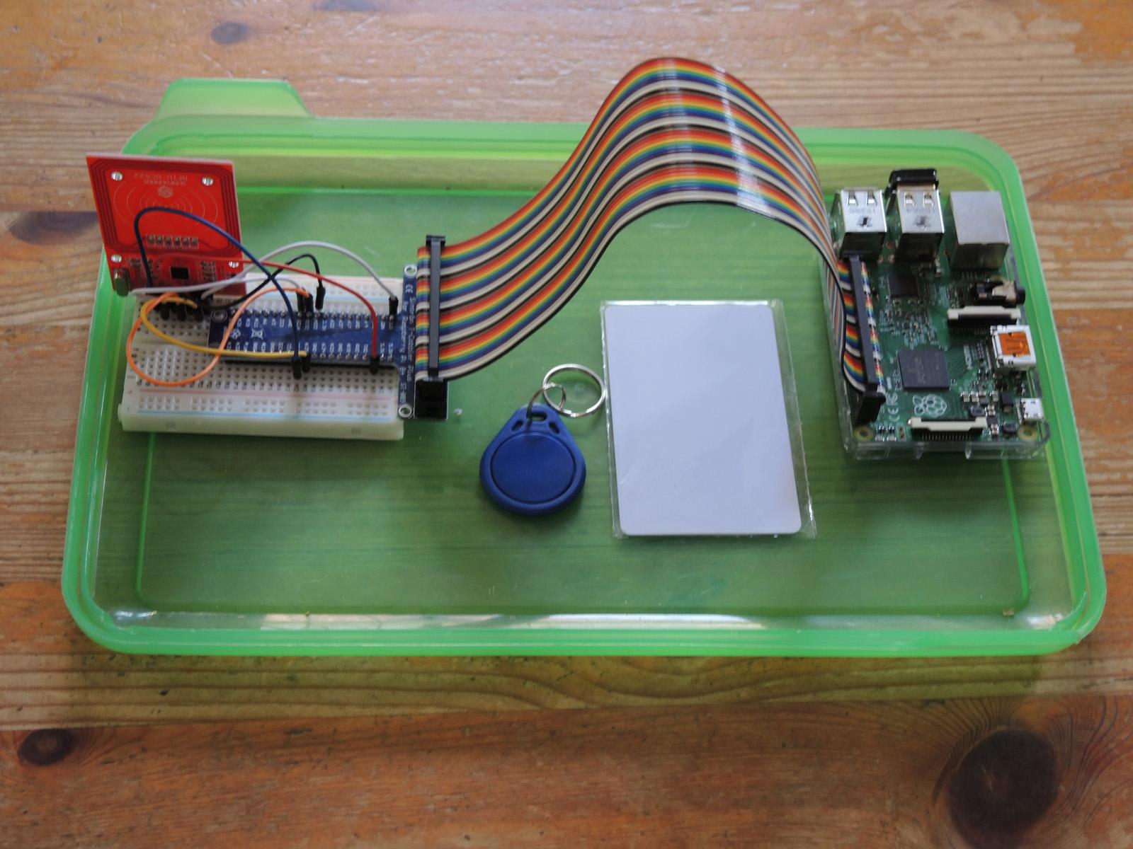 RFID-Technik am Raspberry Pi   Internet-Auftritt der Familie